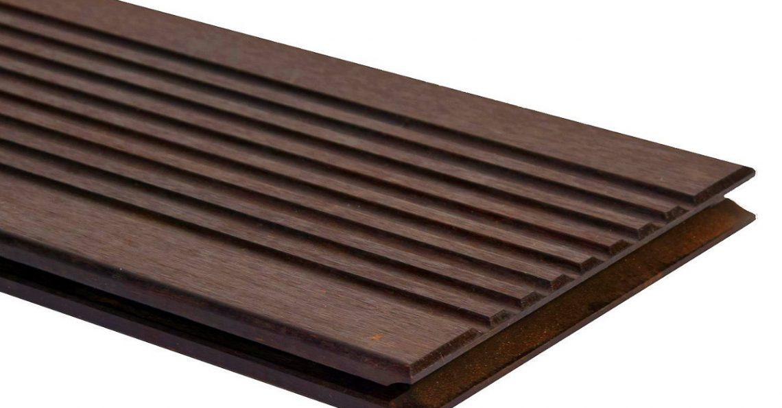 Terrassendiele schwarzbraun, grobes Profil